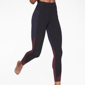 Athleta chakra 7/8 legging- size XS